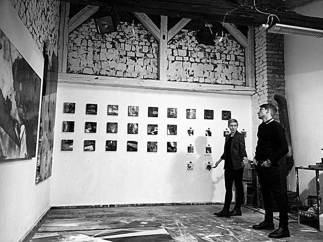 Zsófi Máté and Misi Borsos are visited my studio.